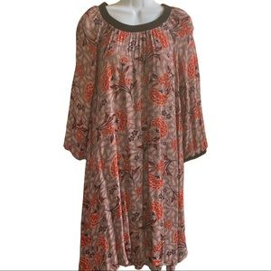 NWT DR2 Black and Burgundy Floral Tunic Dress M